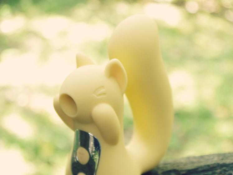 小松鼠 吸吮 分享 心得 情趣 按摩